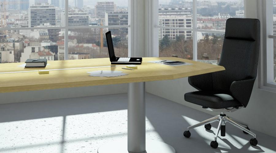 office-fschmidt-sstock