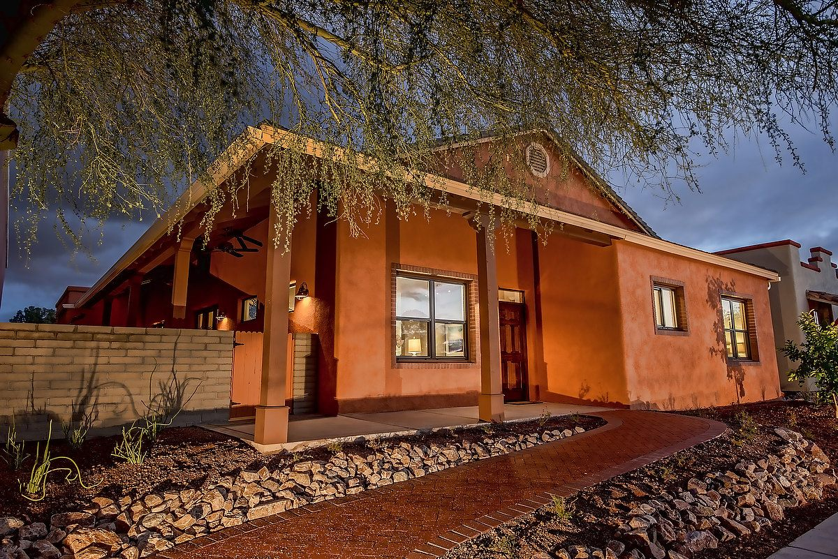 VISION House Tucson photo by lathamarchitectural.com