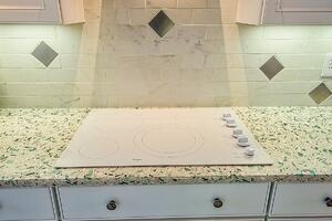 Featured Product: Whirlpool in VISION House Tucson