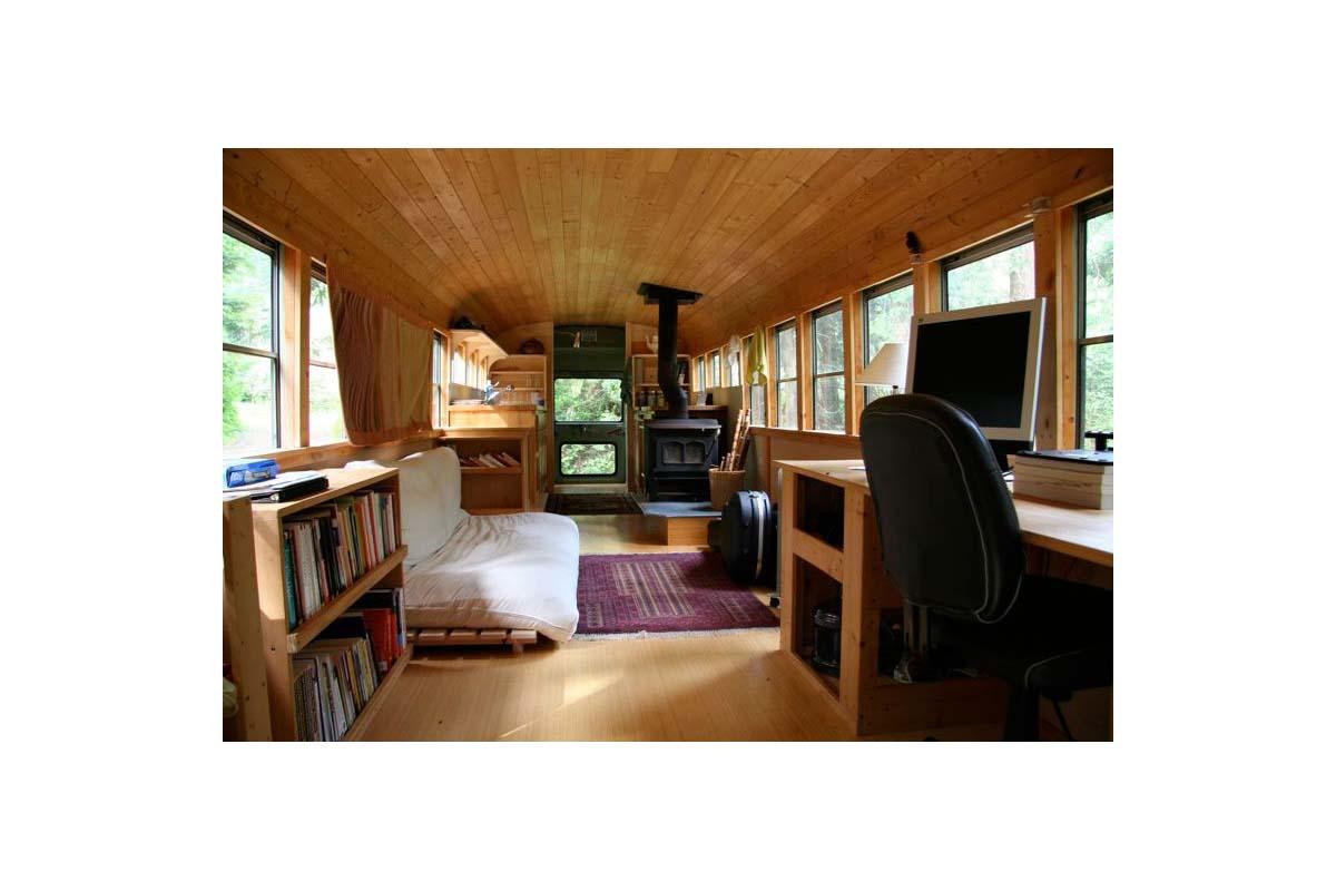 Schoolbus by WPI Creative