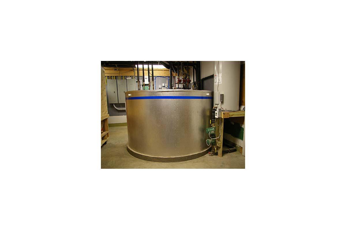 custom 1000 gallon water tank