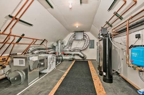 DOE Amaris-Afton Utility Room