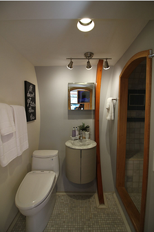 Arc House Bathroom