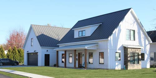 Post-Frame Net Zero House Has Proven Popular Among Would-Be Buyers