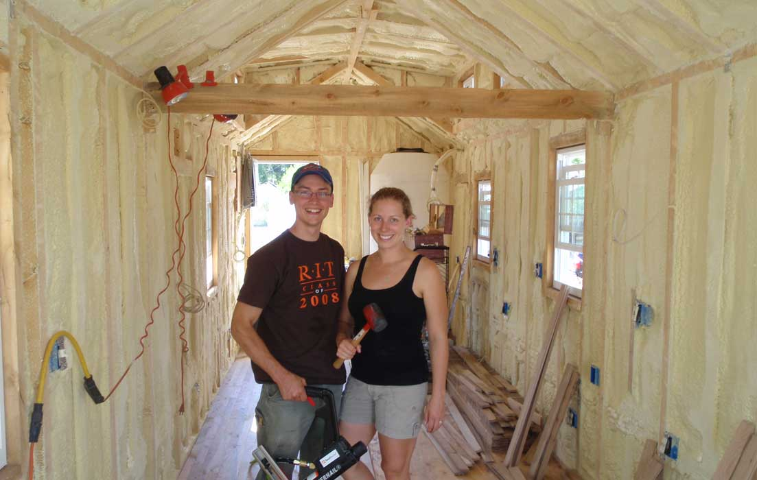 erin-and-dondi-spray-foam-tiny-house