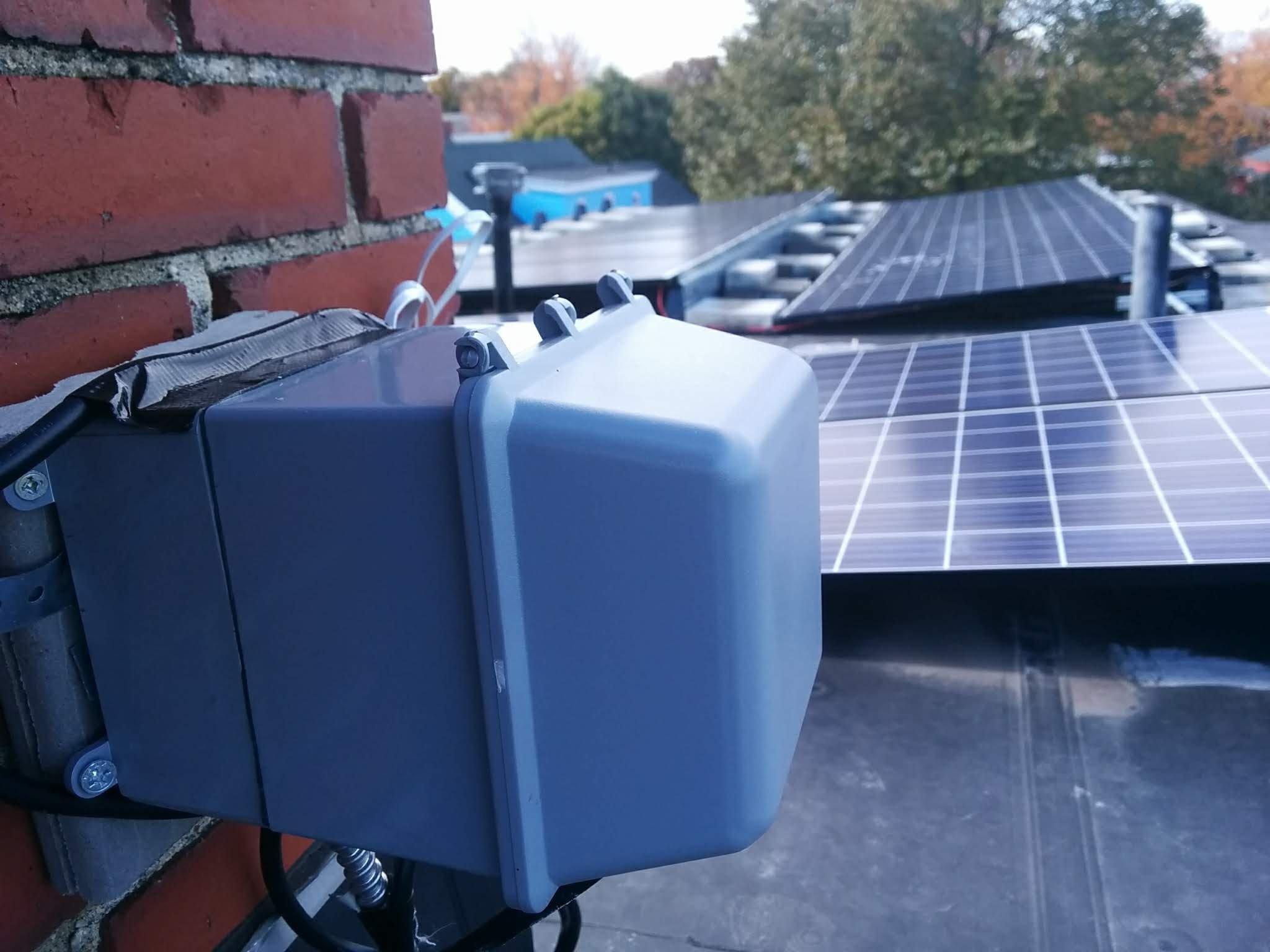solar ice melting junction box