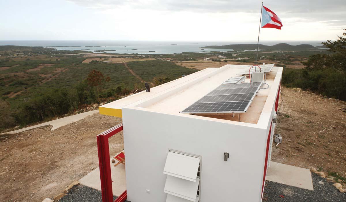 HOTY Small Foot - Horizon PVs and Solar Water Heater 300-web