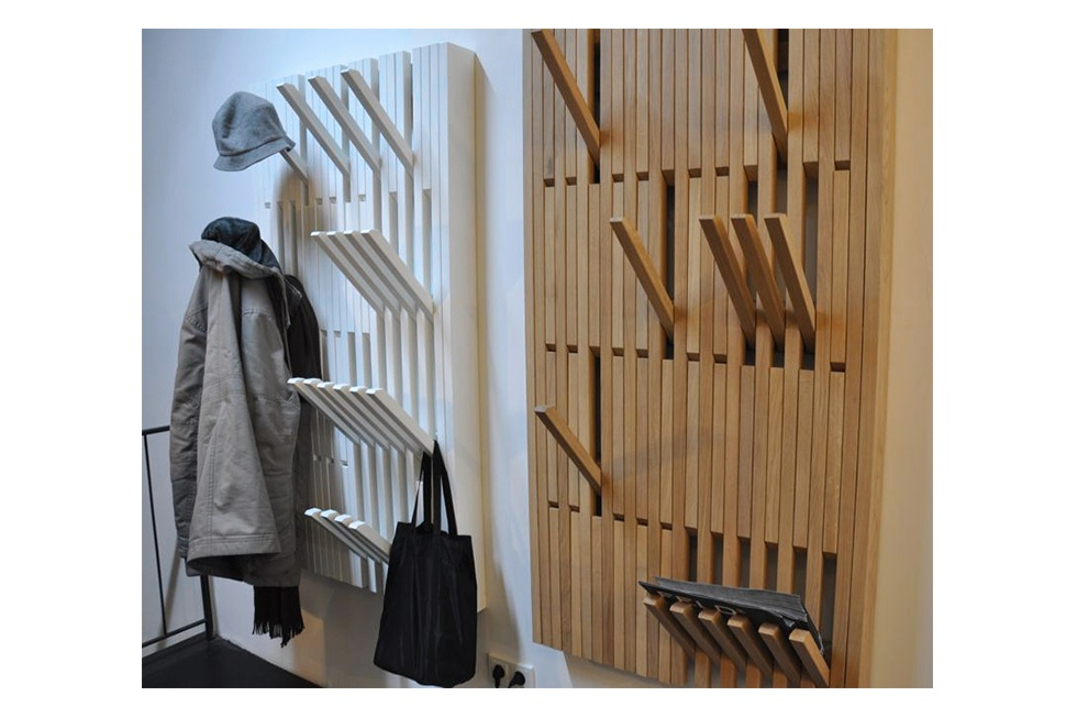 An Quot Infinite Quot Collapsible Towel And Coat Rack